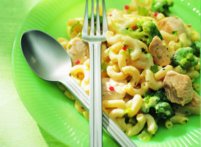 20-Minute Chicken & Broccoli Macaroni