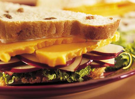Apple 'n' Cheddar Sandwiches Recipe