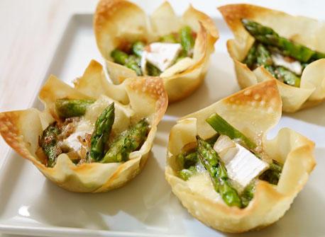 Asparagus and Brie Wonton Tartlets Recipe
