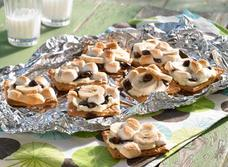 Banana and Cream cheese s'mores recipe