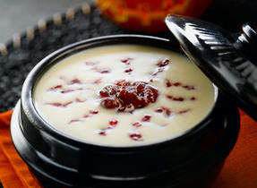 Bloodshot Eyeball Soup: Canadian White Cheddar and Potato Soup with a Cranberry Swirl