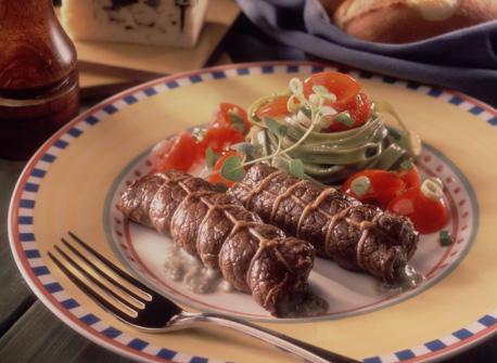 Blue Ermite Cheese Sirloin Steak Rolls Recipe