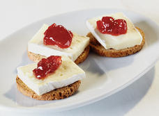 Brie and Jam on Crackers