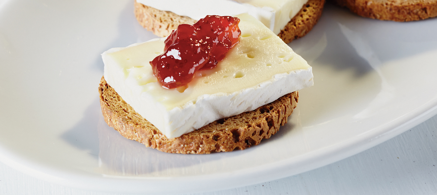 brie and jam on crackers recipe dairy goodness. Black Bedroom Furniture Sets. Home Design Ideas