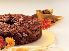 Caramel-Pecan Chocolate Ring Cake
