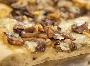 Caramelized Onion and Blue Cheese Pizza