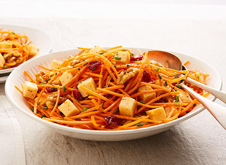 Carrot, cranberry & Gouda salad Recipe