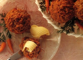 Carrot Raisin Breakfast Muffins