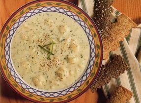 Cauliflower 'n' Cheddar Soup