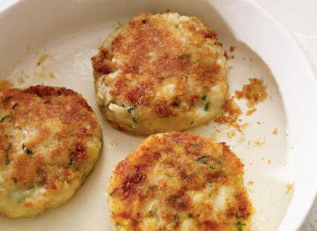 Cheddar and Cod Fish Cakes recipe | Dairy Goodness