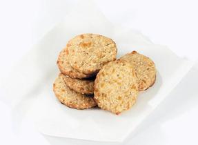 Cheddar Sesame Crisps