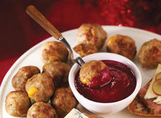 Cheddar Stuffed Meatballs with Rosemary recipe