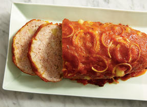 Cheesy Meat Loaf with Apples