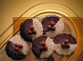 Chocolate Hazelnut Butter Crisps