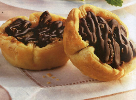Chocolate Pecan Tarts recipe | Dairy Goodness