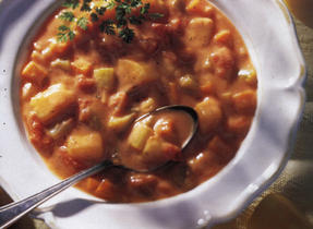 Chunky Home-Style Tomato and Potato Soup