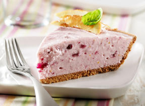 Cranberry Ice Cream Pie in a Jiffy