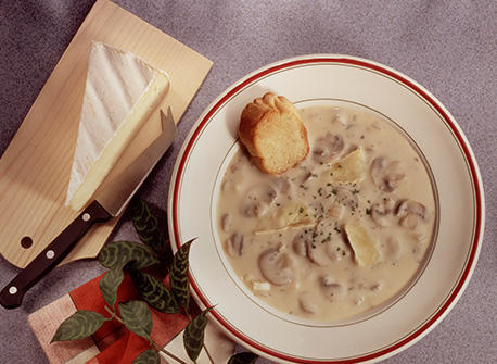 Creamy Brie and Fresh Mushroom Soup Recipe