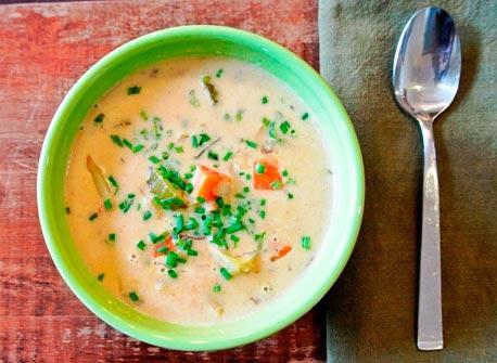 Creamy Clam & Vegetable Chowder Recipe