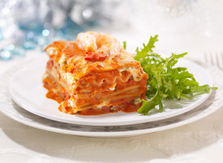 Creamy Seafood Lasagna with Herbs Recipe