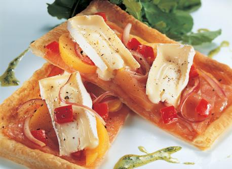 Creamy Smoked Salmon Pizza with Peaches and Arugula Recipe