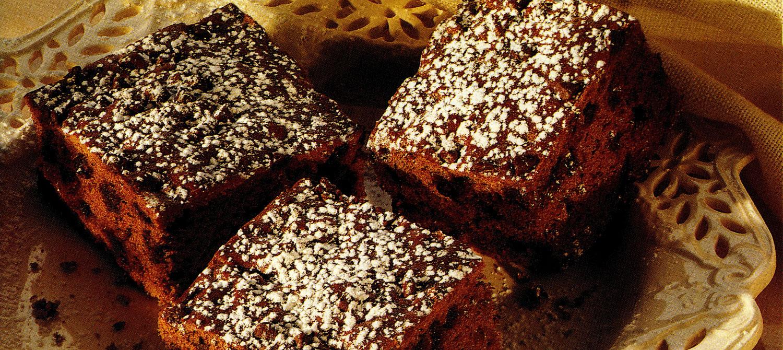 Easy Double Chocolate Banana Snack Cake Recipe