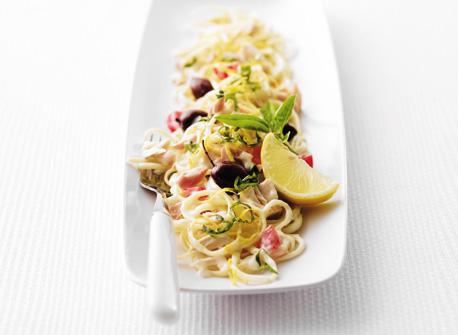 Fettuccine with Tuna and Fresh Tomatoes Recipe