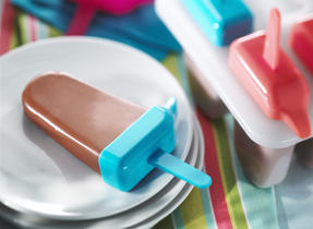Frosty Chocolate Banana Pops