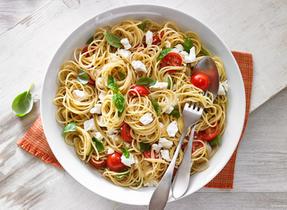 Garden tomato and Feta spaghetti
