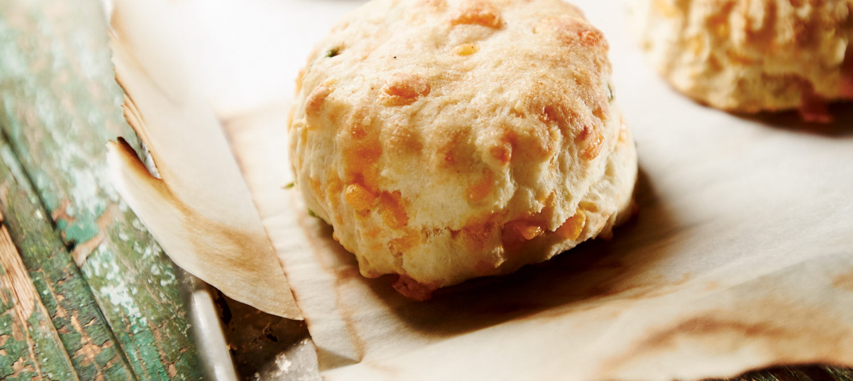 Garlic Cheddar Biscuits recipe | Dairy Goodness