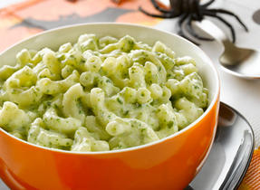 Green and Gooey Macaroni and Cheese