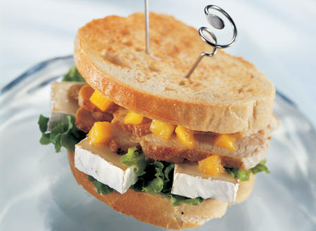 Indian-Inspired Grilled Turkey and Camembert Sandwich Recipe