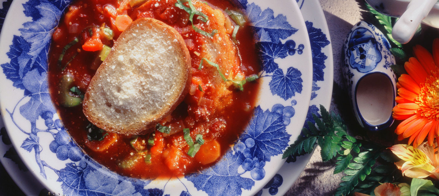 Italian Tomato and Vegetable Soup with Toasted Bread ...
