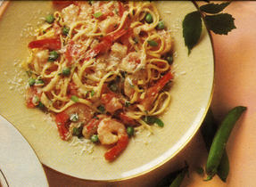 Linguine with Shrimp and Peas in Creamy Tomato Sauce