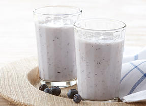 Lychee & Blueberry Smoothie