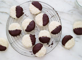 Magic Cream Cheese macaroons