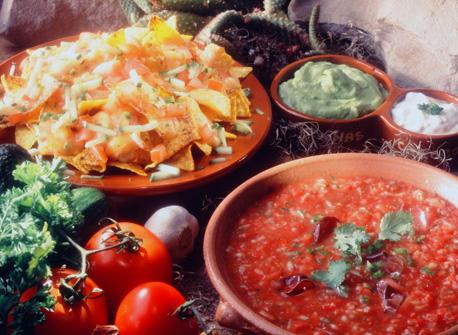 Mexican Nachos (Nachos salsa de queso)