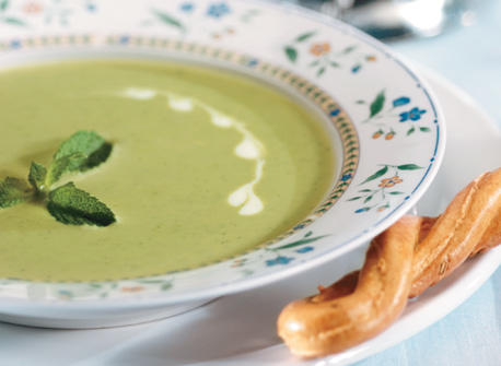 Minty Green Pea and Buttermilk Soup Recipe