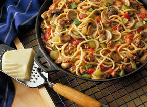 Mozzarella Skillet Spaghetti (Cooking Club Size)