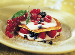 Muesli Crêpe Sandwich Filled with Fruit and Cream Cheese