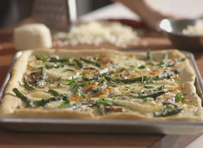 Mushroom and Asparagus Pizza