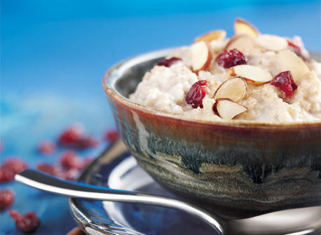 Oatmeal Porridge with Almonds and Cherries Recipe