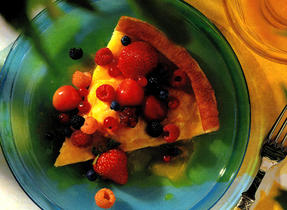 Oven Puff Pancake with Fresh Fruit