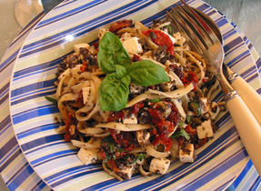Pasta with tapenade and Feta cheese