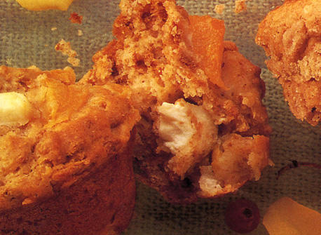 Peaches'n Cream Muffins recipe | Dairy Goodness
