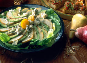 Pear, Avocado and Blue Ermite Cheese Salad