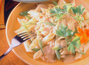Penne and Green Beans with Pumpkin and Mushroom Sauce