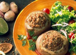 Potatoes Stuffed with Pork, Ricotta and Tomato Sauce