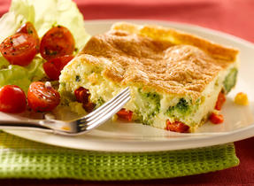 Puffy Broccoli and Red Pepper Frittata (Cooking Club Size)
