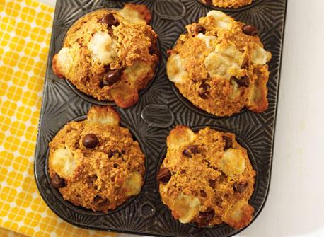 Pumpkin, chocolate and Cheddar muffins Recipe